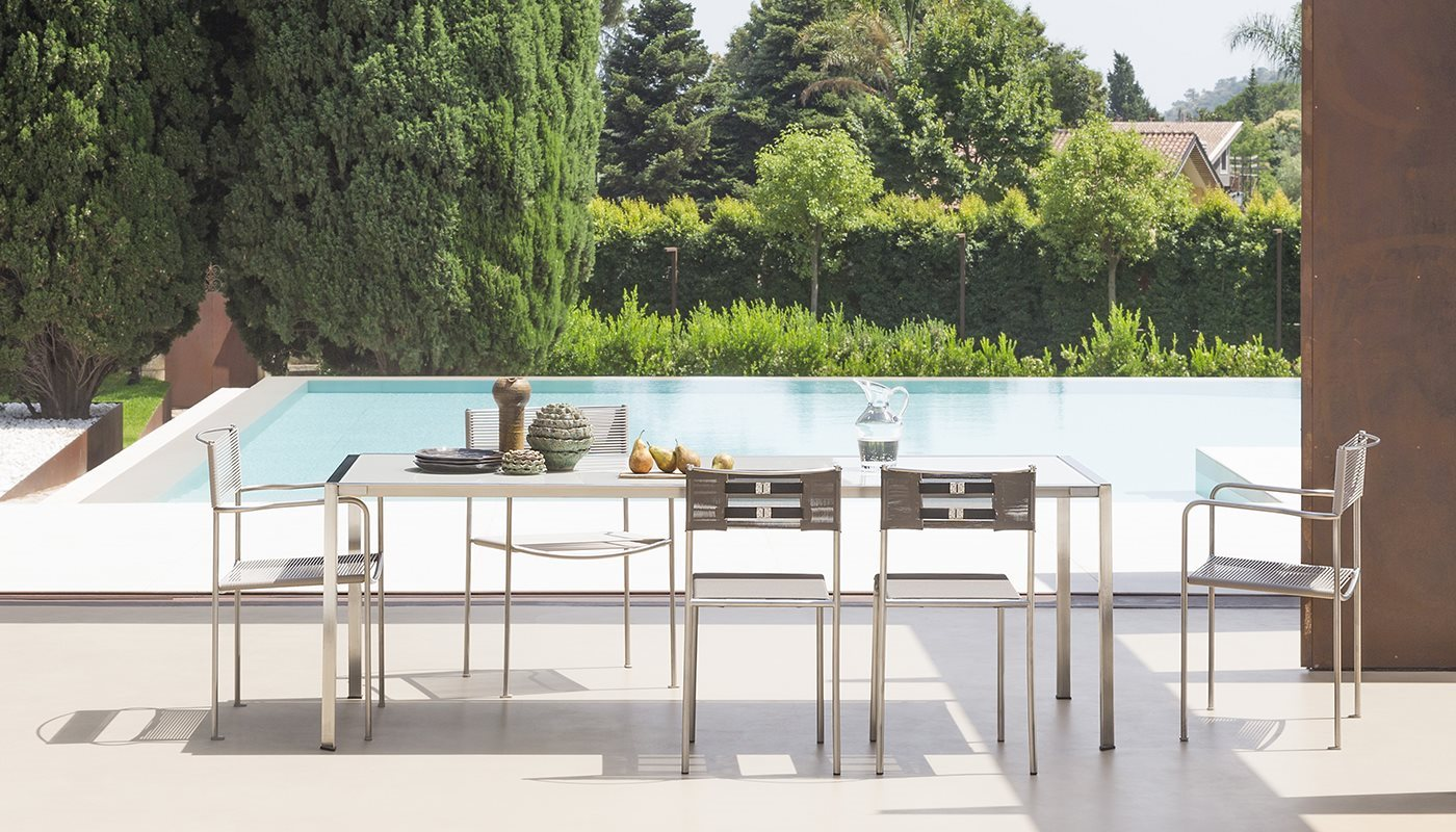 ALIAS_green-table-by-Giandomenico-Belotti-outdoor